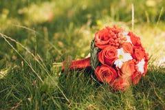 Blommabukett på jordningen Royaltyfri Fotografi