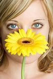 blommakvinna arkivbild