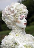 Blommakvinna blommar white Royaltyfri Fotografi