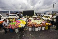 Blommamarknad i Paloquemao Bogota Colombia Arkivfoto