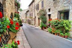Medeltida Assisi arkivfoton