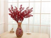 Blommaordning på tabellkontorsskrivbordet Royaltyfria Foton