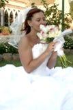 blommar brud- Fotografering för Bildbyråer