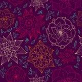 Blommar den sömlösa blom- tapeten för vektorn med den drog handen, ljust kulört på mörk bakgrund Ändlös purpurfärgad bakgrund Fotografering för Bildbyråer