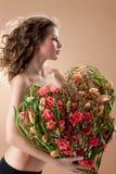 blommar kvinnabarn arkivbilder