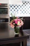blommar ny pink Arkivfoton