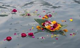 blommar ritual Arkivfoto