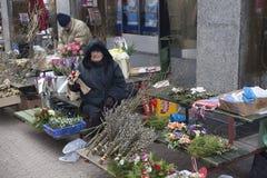 Blommar säljaren Arkivfoto