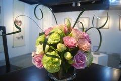 Blommautställning för hem- inredning royaltyfri bild