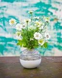 blommavase arkivfoto