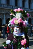 Blommig maskering, Venedig, Italien, Europa Royaltyfri Fotografi