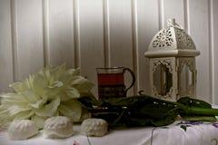 Blommor för pärla för julmarshmallowgodis royaltyfri bild
