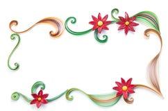 Blommor gjorde den quilling ramen på en ljus bakgrund Arkivfoto