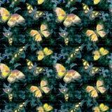 Blommor glödande fjärilar, räcker anmärkningen för skriftlig text på svart bakgrund vattenfärg seamless modell Royaltyfria Bilder