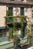 Blommor i balkongen Fotografering för Bildbyråer