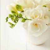 Blommor i en vas Fotografering för Bildbyråer