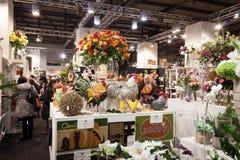 Blommor på skärm på HOMI, internationell show för hem i Milan, Italien Arkivbilder