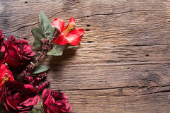 Blommor på trä Arkivbilder