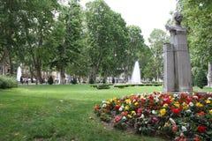 Blommor parkerar in av staden av Zagreb Royaltyfria Bilder