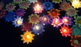 Blommor som göras av stearinljus Arkivfoto