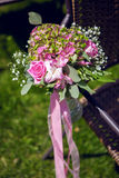 Blommor som gifta sig inställningen Royaltyfri Foto