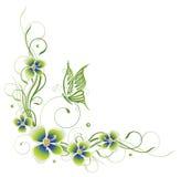 Blommor vår, fjäril Arkivfoton