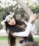 blomningCherryflicka arkivfoto