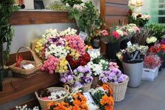 Blomsterhandlares ställning Arkivfoto