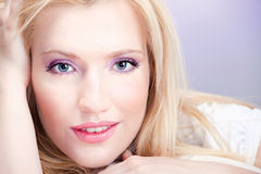 blond ładna kobieta Obrazy Royalty Free