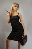blond cigarrvalise royaltyfria foton