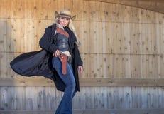Blond cowgirl Royaltyfri Foto