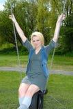 blond dziewczyna dosyć huśta się Fotografia Royalty Free
