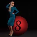 Blond in einem Kleid Lizenzfreies Stockfoto