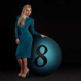 Blond in einem Kleid Lizenzfreie Stockfotografie