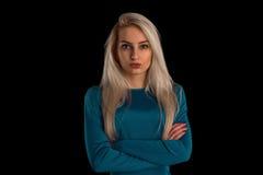 Blond in einem Kleid Lizenzfreie Stockfotos
