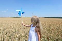 blond ekologiflicka little Fotografering för Bildbyråer