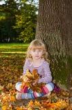 Blond flicka i mest forrest Royaltyfri Bild