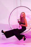 Blond flicka i partiet Royaltyfri Fotografi
