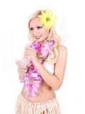 Blond flicka med hawaiansk tillbehör royaltyfri foto