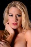 blond flickastående Royaltyfri Fotografi