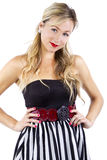 Blond in gestreiftem Kleid Lizenzfreies Stockbild