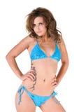 Blond im blauen Bikini Stockbild