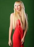 Blond im roten Kleid Lizenzfreies Stockbild