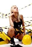 blond konstruktionskvinnligarbetare Royaltyfri Bild