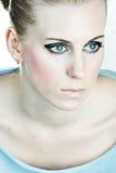 blond kvinna för blåa ögon royaltyfria foton