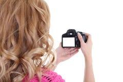 Blond kvinna shooting.copyspace Arkivbilder