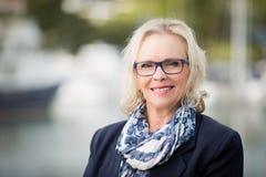 Blond kvinna50-tal Fotografering för Bildbyråer