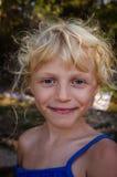 Blond meisjesportret royalty-vrije stock foto