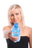 Blond met fles Stock Afbeeldingen