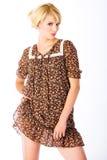 Blond in minikleding Royalty-vrije Stock Afbeeldingen
